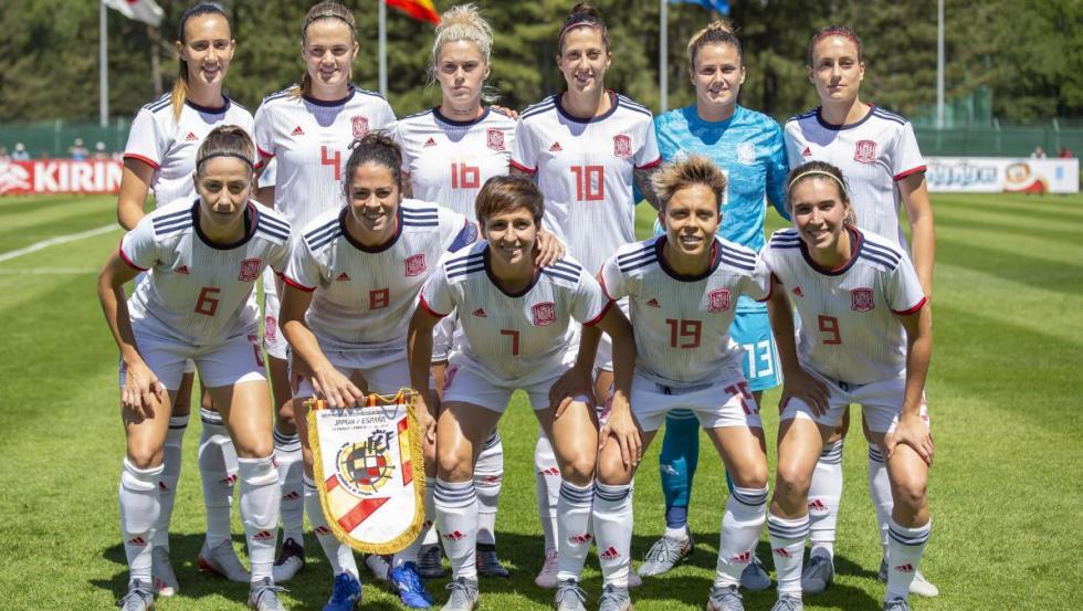 Once de la selección española femenina de fútbol antes del Mundial de Francia.
