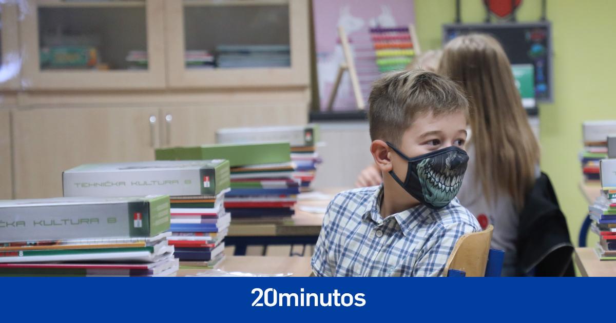 Nuevo caso en Baleares de una alumna que no va al colegio por negarse a utilizar la mascarilla en el centro