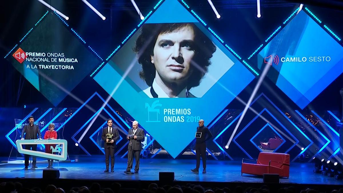 Los Premios Ondas 2019 recuerdan a Camilo Sesto por su trayectoria