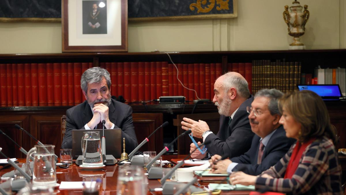 "El CGPJ da luz verde a Delgado como fiscal general, pero evita declararla como ""idónea"""