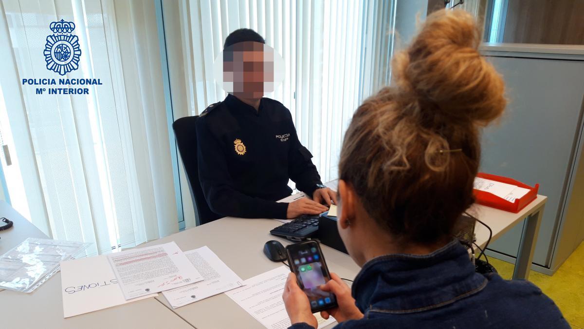 14 Anos Joven Española Se Desnuda Porn sexting - Últimas noticias de sexting en 20minutos.es