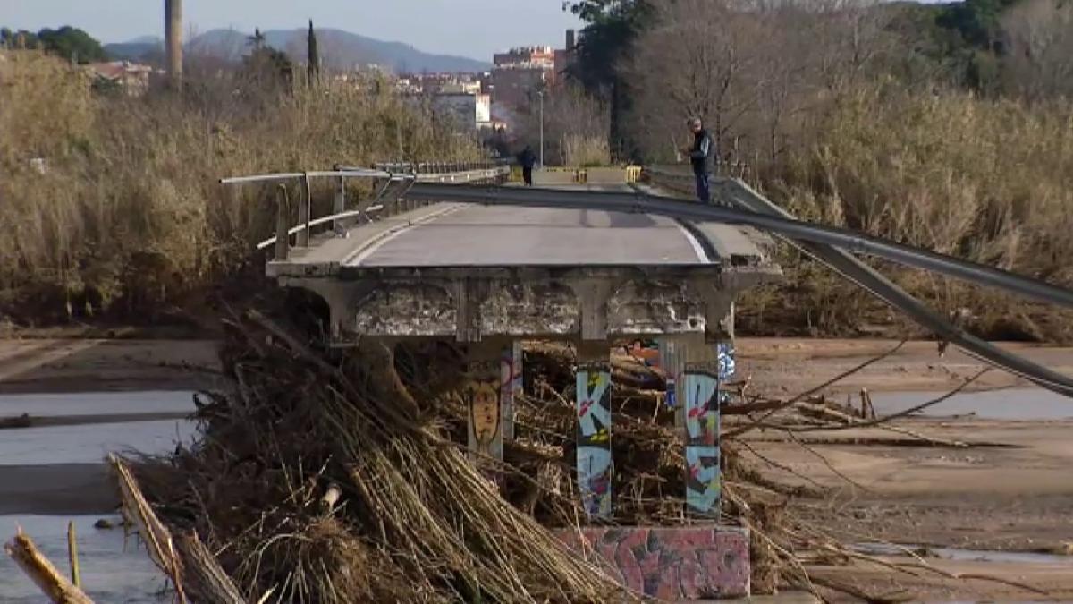 """El vídeo que muestra los destrozos que dejó la borrasca """"Gloria"""" por toda la costa mediterránea"""