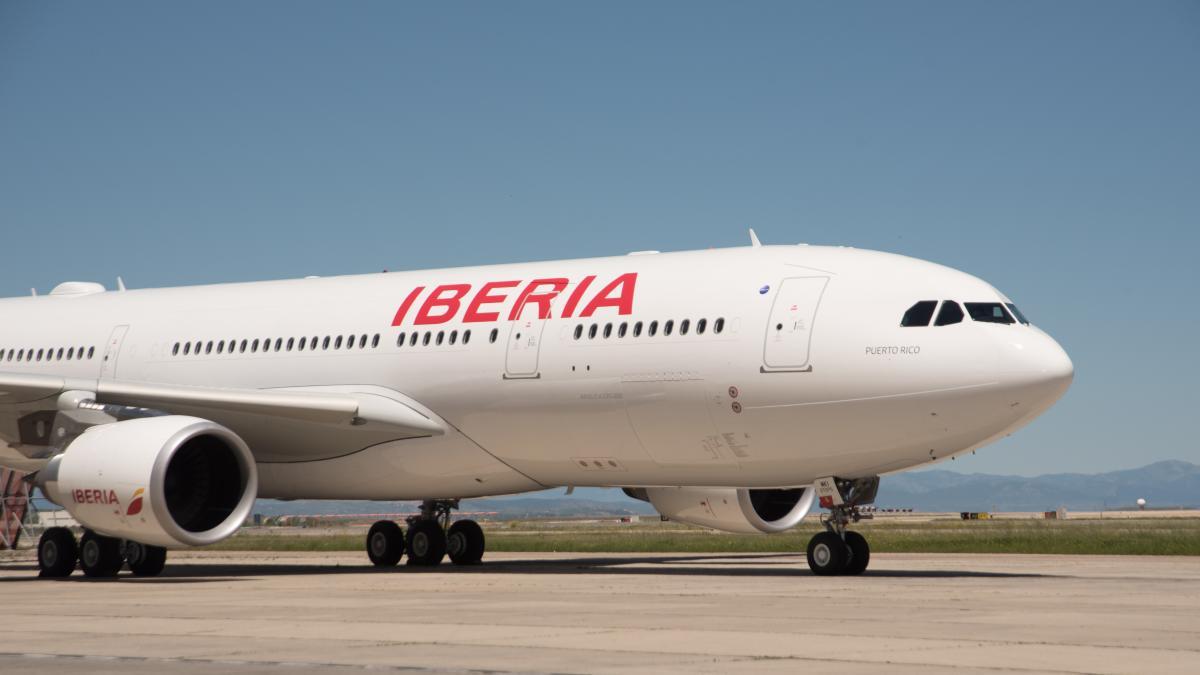 Un jubilado zaragozano consigue recuperar el dinero de un billete que Iberia vendió dos veces