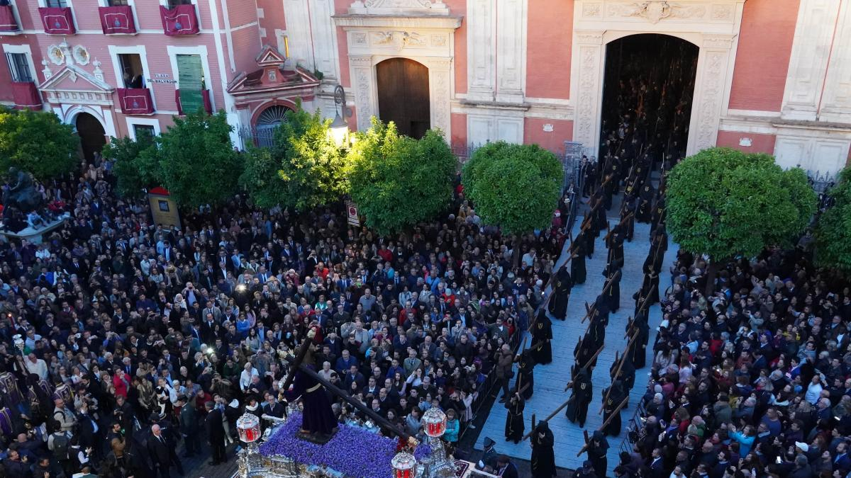 Aguirre apunta a la posible vuelta de las procesiones en septiembre