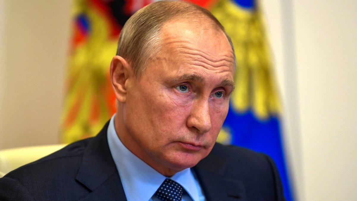 """Los mejores memes sobre Sputnik V, la vacuna que ya ha probado la hija de  Putin y que promete una """"inmunidad estable"""""""