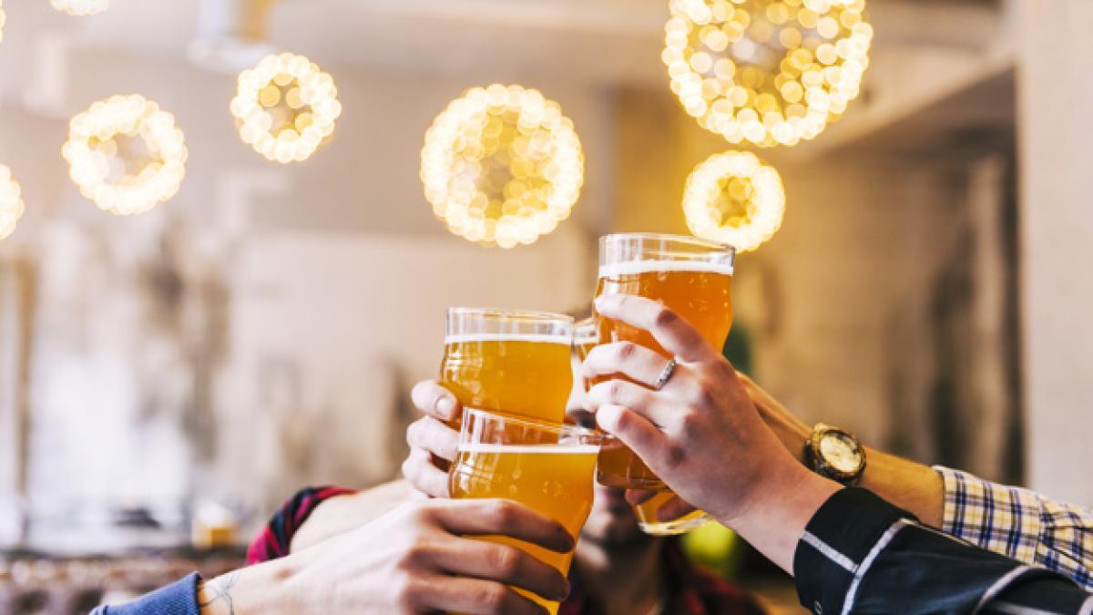 Los países donde más caro es tomar una cerveza: desde los 11,26 dólares de Qatar hasta los 1,68 dólares de Sudáfrica