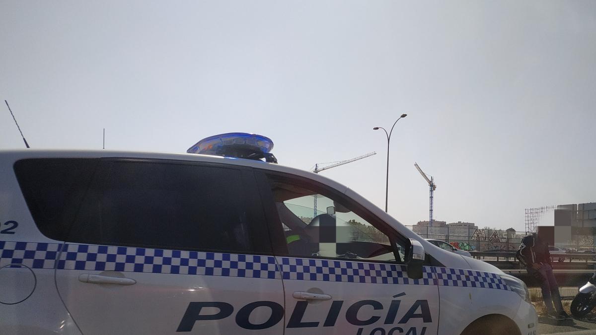 Cvirus.- La Policía Local de Málaga llama a contagiados para comprobar que cumplen la cuarentena 1