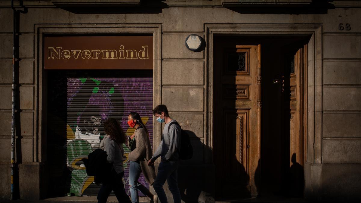Nuevas restricciones en Cataluña por el coronavirus: ¿qué se puede hacer y qué no?