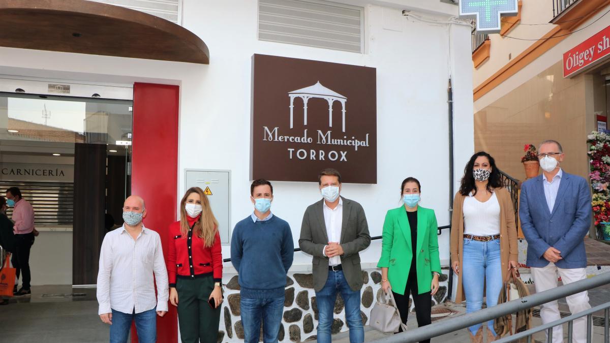 """El Mercado de Torrox reabre sus puertas """"con un renovado aire gourmet"""" 2"""