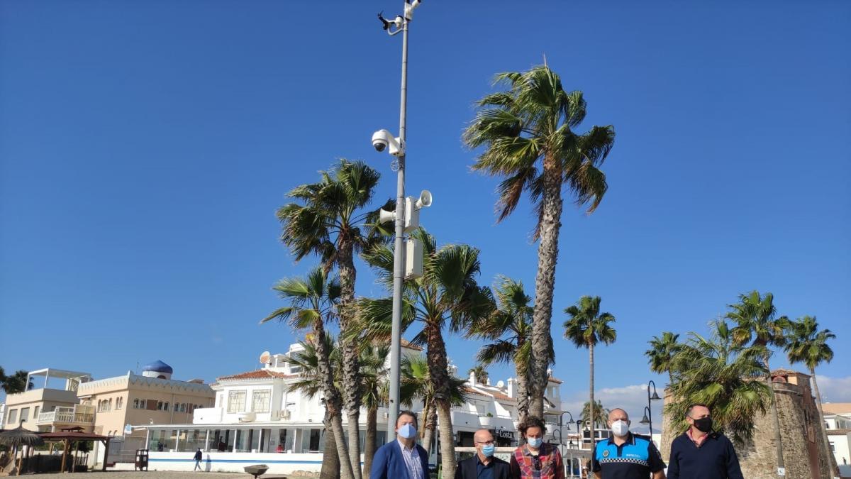 Mijas instala cámaras en las playas para controlar el aforo en invierno y velar por seguridad de los usuarios 1