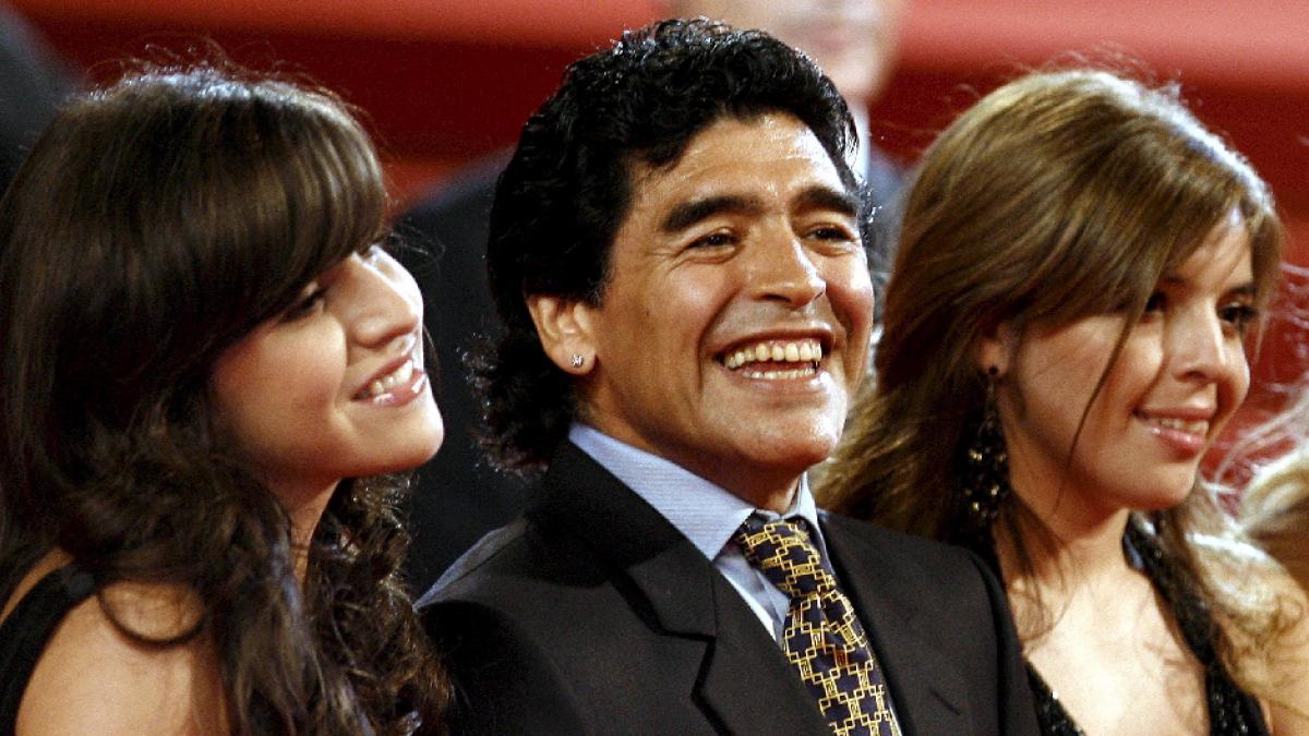 """La reacción de Gianinna Maradona al informe toxicológico de su padre: """"Los hijos de p... esperaban drogas y alcohol"""""""