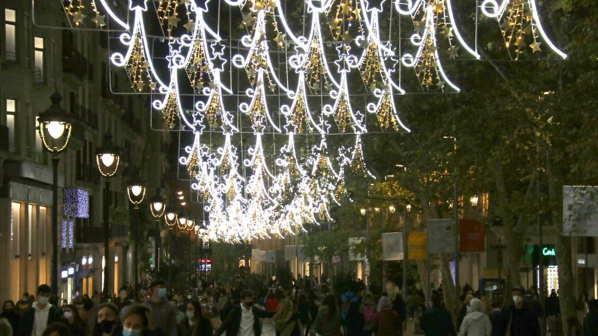 Cataluña retrasará el toque de queda a la 1.30 en Nochebuena y Nochevieja y a las 11 la noche de Reyes