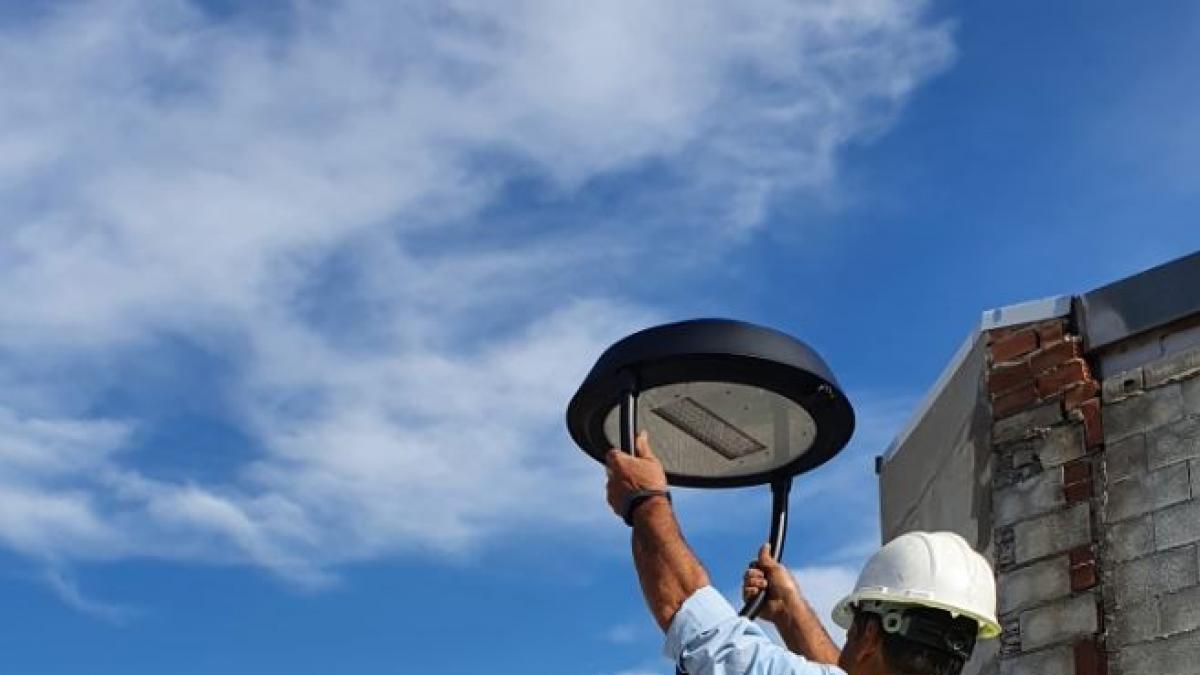 Comienza en Torrox el cambio a led del alumbrado público del municipio 1