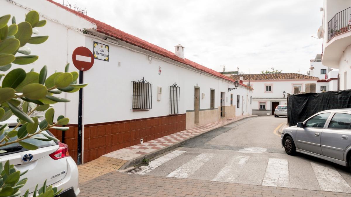 El Ayuntamiento de Estepona adjudica las obras para la creación de una plaza pública en el centro de Cancelada 1
