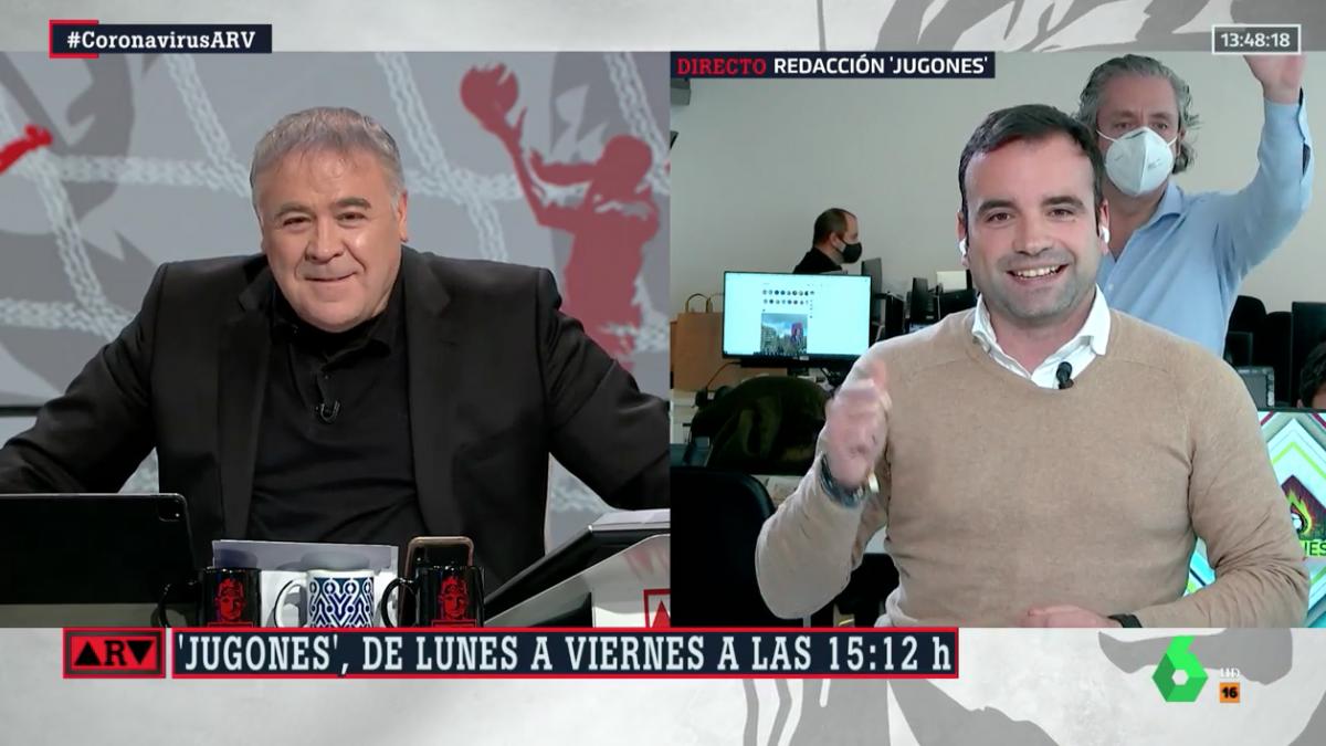 Josep Pedrerol Se Cuela En Una Conexión En Directo De Al Rojo Vivo Con Ferreras Si Es Que Ve Una Cámara Y