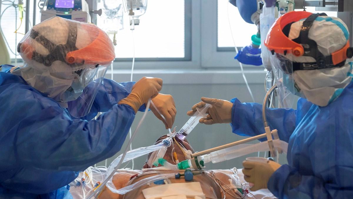 El coronavirus dobla su incidencia en España y deja casi 2.500 muertos desde que empezó 2021