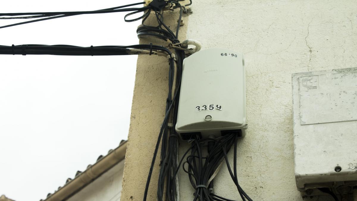 """Telefónica desplegara de forma """"casi inmediata"""" fibra óptica en los barrios conquenses de San Antón y Buenavista"""