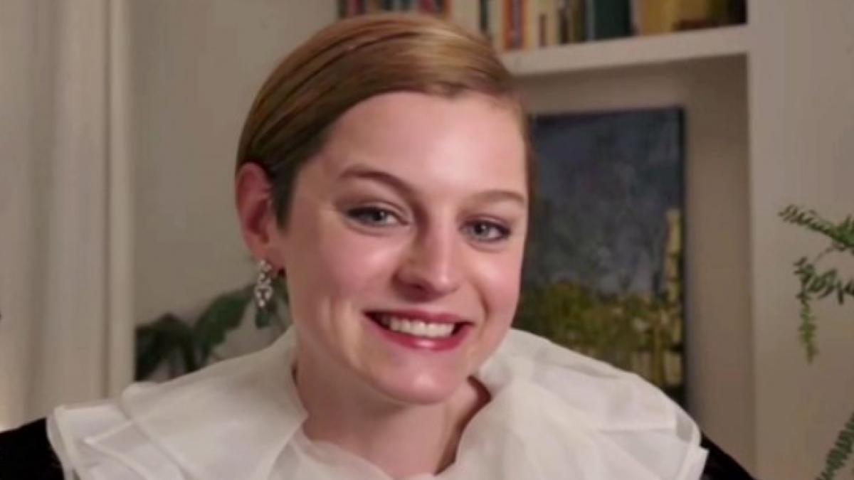 Globos de Oro 2021: La curiosa inspiración del look de Emma Corrin