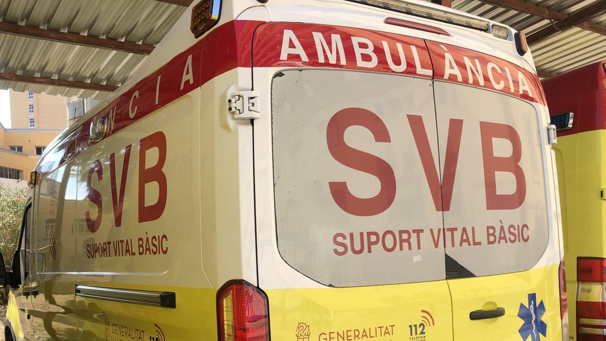 Sucesos.- Dos jóvenes resultan heridos tras volcar un coche en un camino del municipio de Xilxes