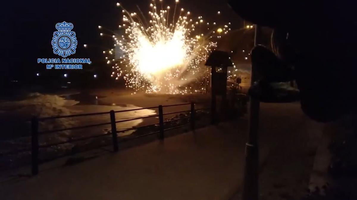 Detonan de manera controlada un artefacto explosivo de origen militar hallado en Benalmádena, Málaga ...