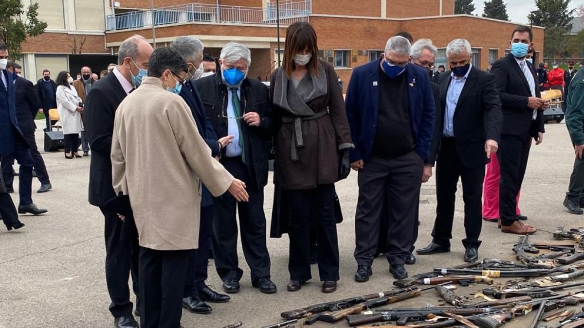 Mendia afirma que el acto de destrucción de armas de ETA visibiliza medio siglo de sufrimiento que no debió existir