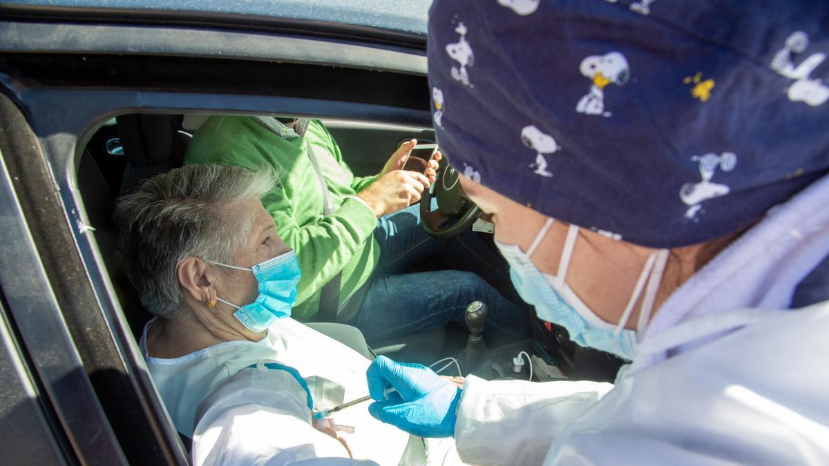 Extremadura vive su primera jornada sin muertos por coronavirus desde octubre