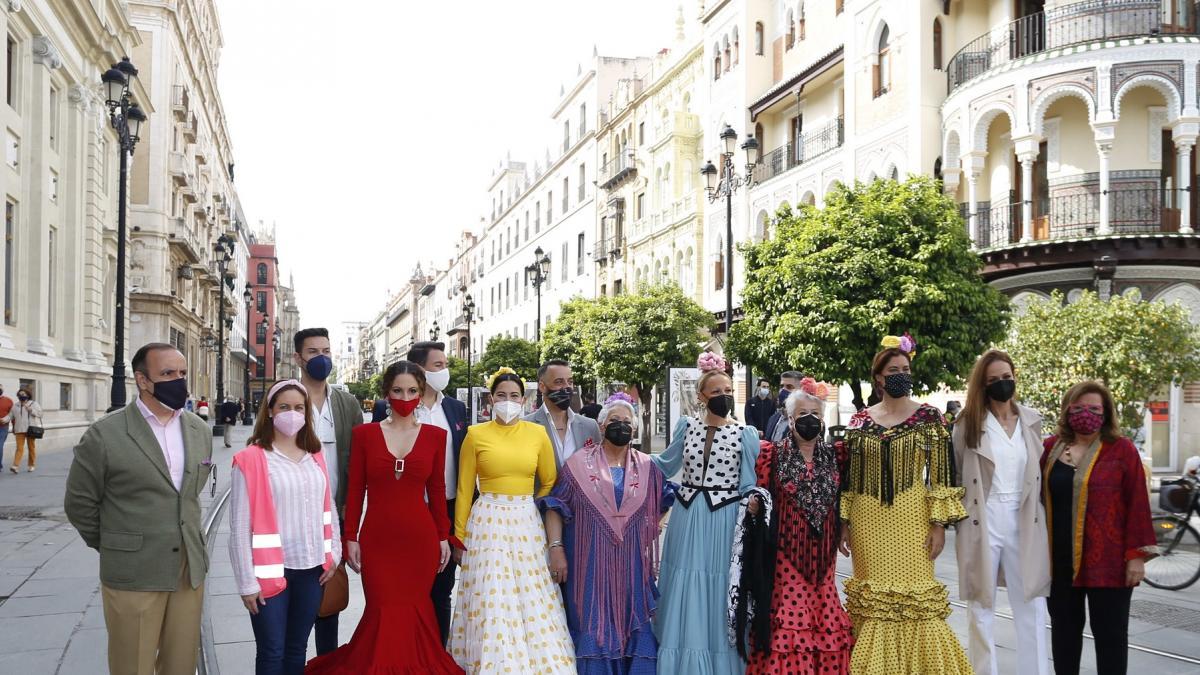 Image La 'no Feria' de Abril tendrá luces y farolillos, pero no casetas ni bailes
