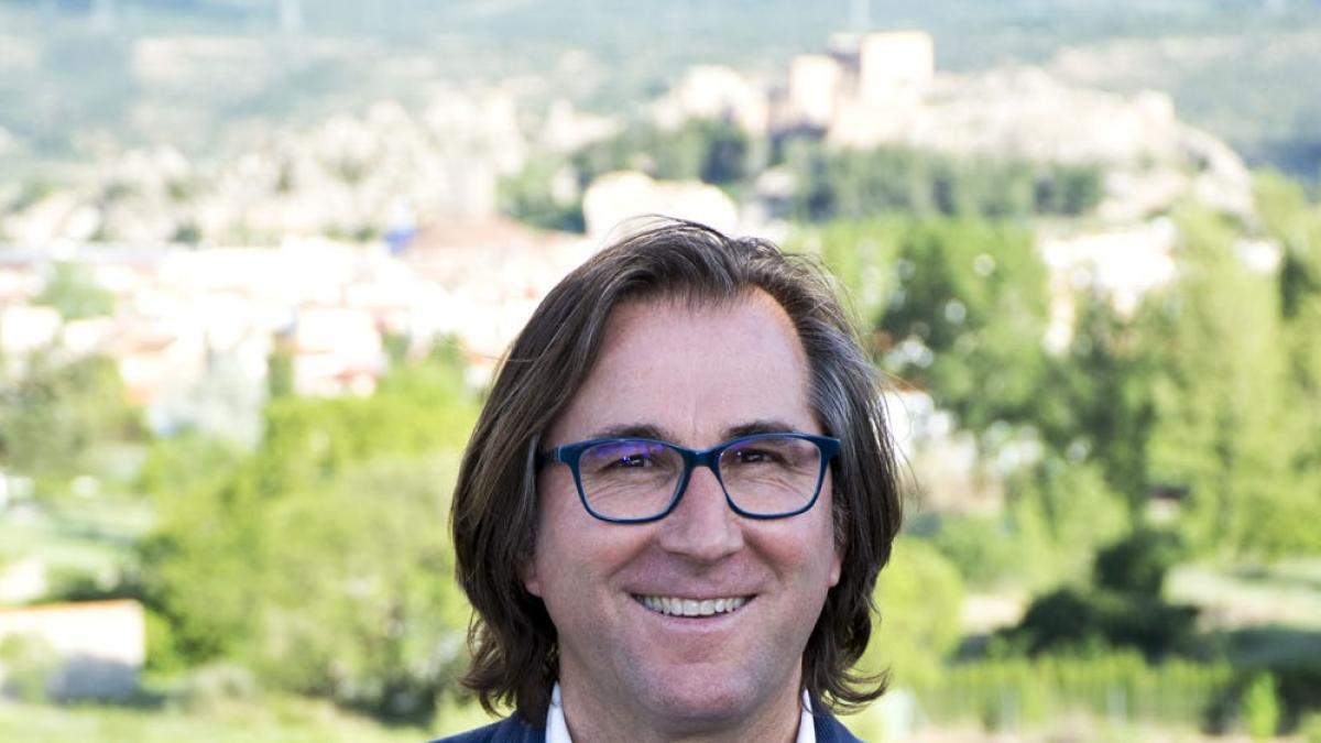El alcalde de Ayora, José Vicente Anaya, anuncia su candidatura a presidir el PPCV