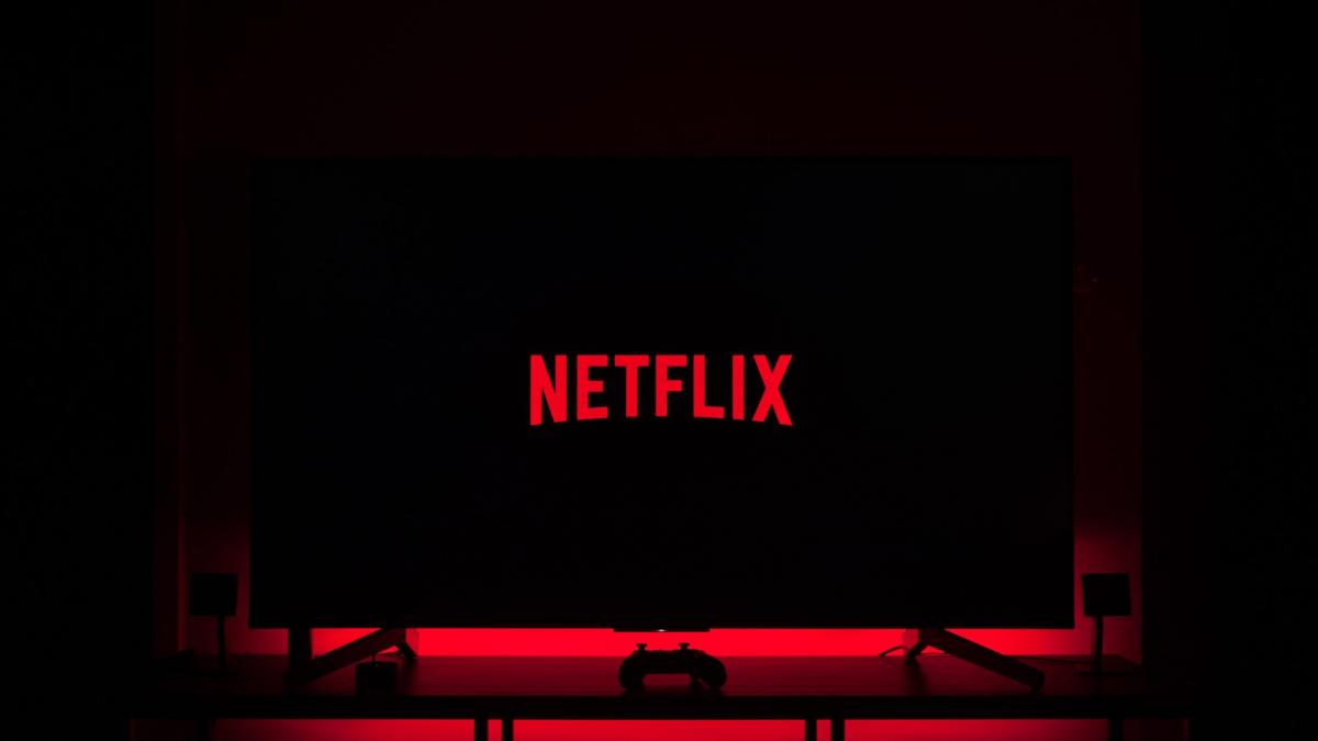 Netflix en aprietos: frena el ritmo de suscripciones y cae en bolsa