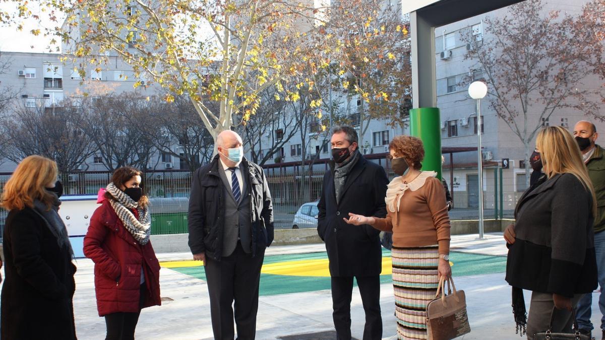 Ayuntamiento sustituye el cerramiento en el CEIP Al Ándalus e introduce sistema de riego por goteo