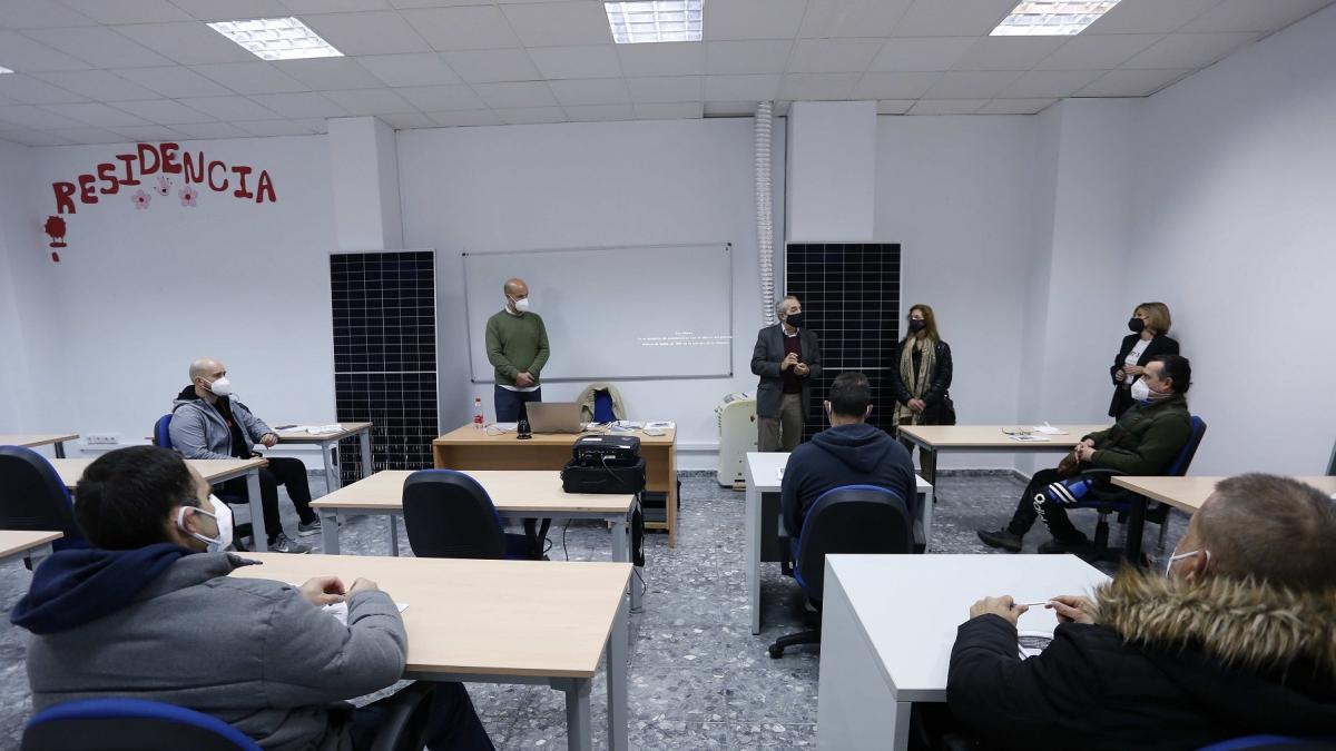 Cvirus.-Ayuntamiento inicia trabajos para impulsar la economía social en la reactivación tras la pandemia
