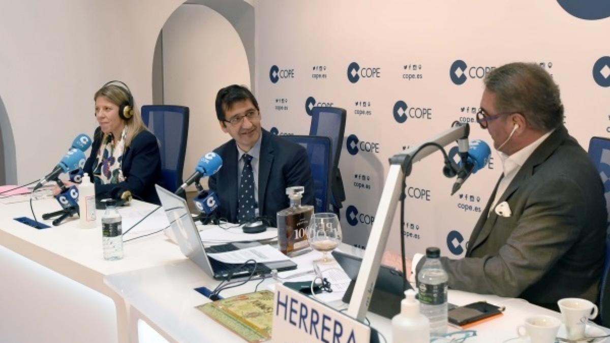 Caballero remarca la importancia de Fenavin en el desarrollo socioeconómico de Ciudad Real y de C-LM