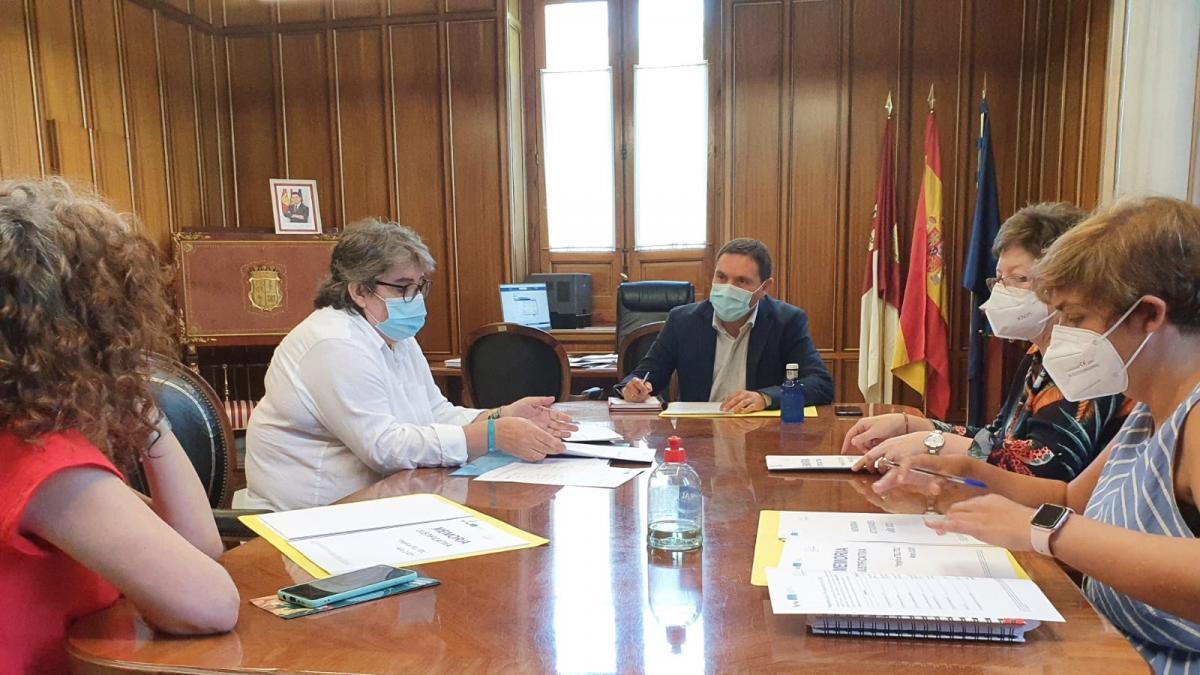 Diputación Cuenca trabajará con Atelcu para integrar a las personas que padecen trastorno del desarrollo del lenguaje