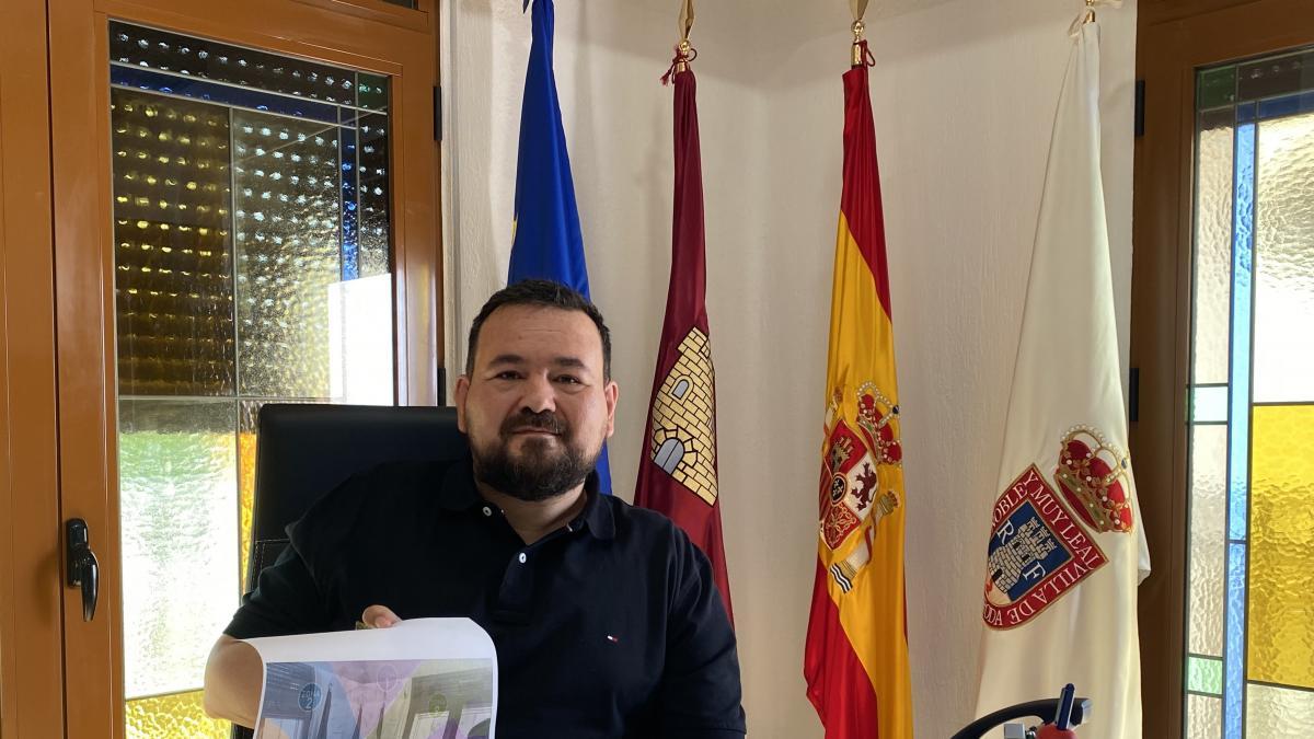 El alcalde de La Roda sacará su despacho a la calle este viernes para que los vecinos le propongan lo que quieran