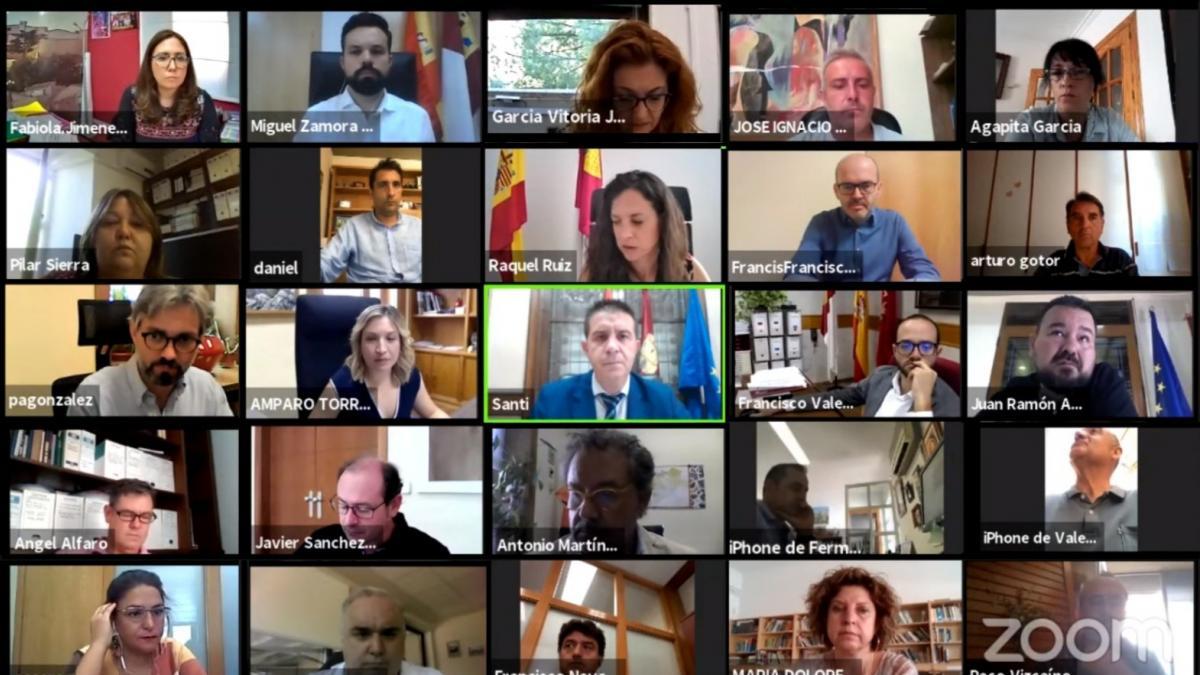 El pleno de la Diputación de Albacete aprueba las nuevas ayudas a la investigación científica 'Carlos Izpisúa'