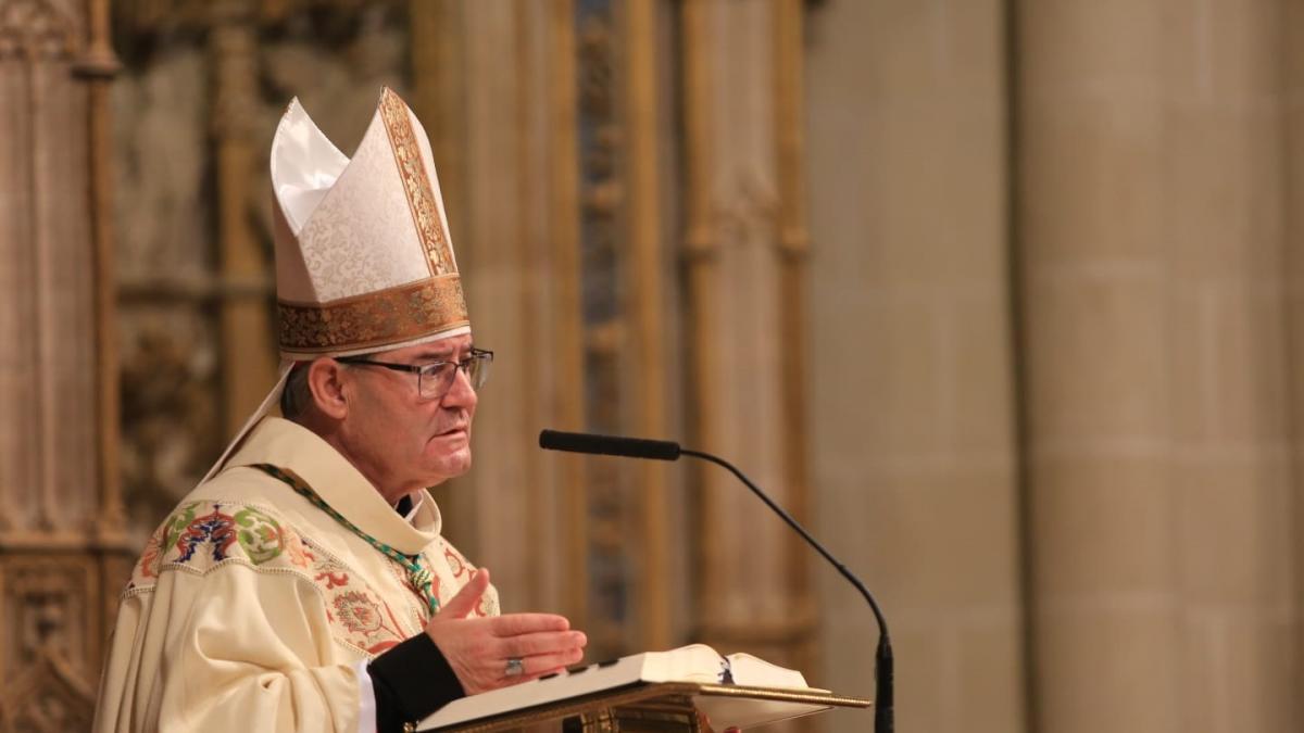 """El arzobispo de Toledo anima a """"normalizar la situación"""" celebrando la religiosidad dentro y fuera de los templos"""