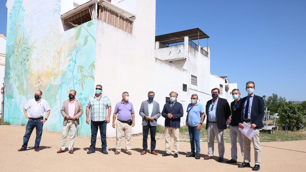 El Ayuntamiento inaugura el nuevo aparcamiento en el Campo de la Verdad frente al C3A con 107 plazas