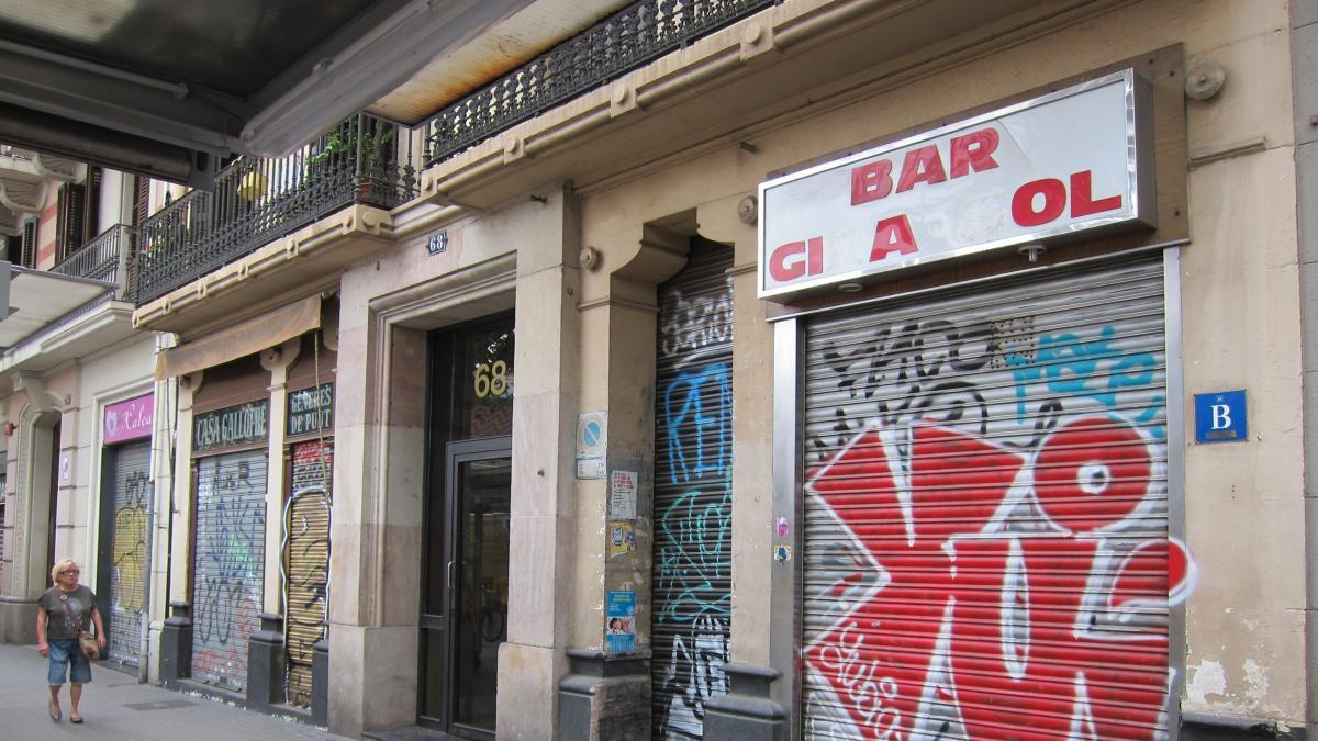 Barcelona pospone aprobar la apertura de comercios los domingos y festivos de mayo a septiembre