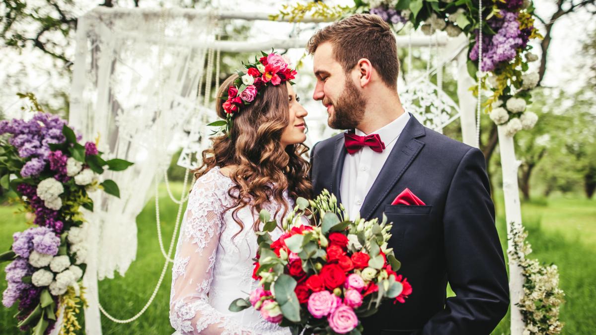 Vuelven las bodas: cuánto dinero hay que dar a la pareja si te invitan