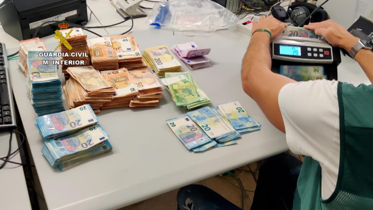Sucesos.- Detenidas 20 personas de una red de tráfico de drogas con varios puntos de venta en la provincia
