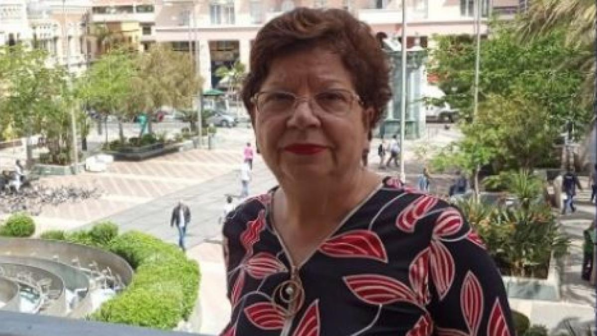"""La delegada del Gobierno en Ceuta pide no dar comida a los inmigrantes para evitar que estén """"en la puerta del súper"""""""