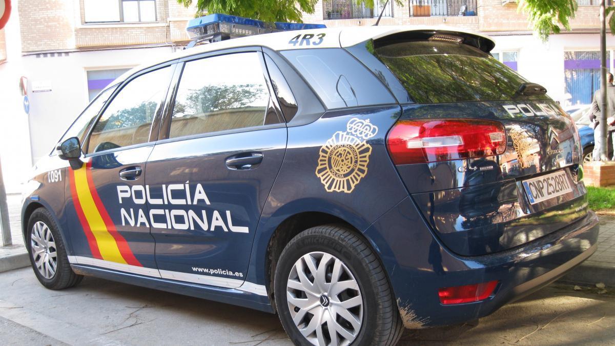 La Policía detiene a un hombre por robar casi 600 euros en una gasolinera de Gijón