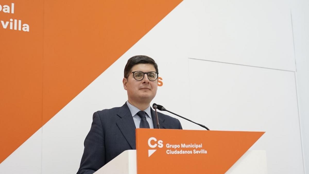 """Pimentel apuesta por bajar impuestos y avisa a Espadas sobre presupuesto:""""Lo que valía en 2021 no vale en 2022"""""""