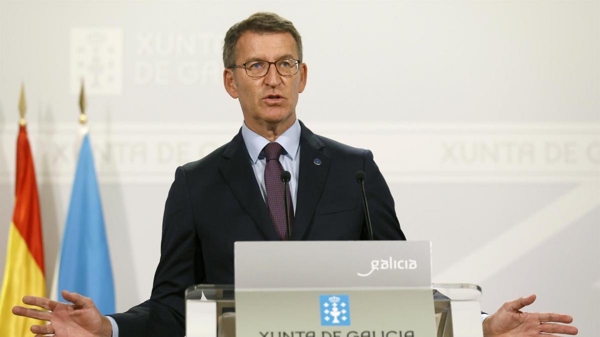 """Feijóo ve """"normal"""", y no """"un enfrentamiento"""", que Ayuso quiera presidir el PP de Madrid"""