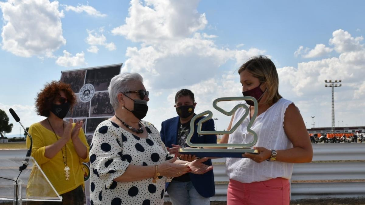 El piloto albaceteño Román Muñoz ya cuenta con una curva con su nombre en el Circuito de Velocidad de Albacete