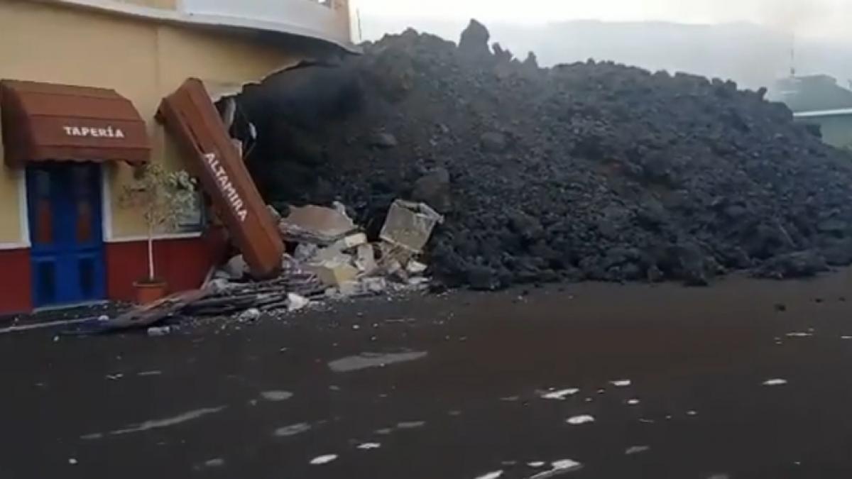"""DIRECTO   El presidente canario, sobre el """"inexorable"""" progreso de la lava: """"No se pu ..."""