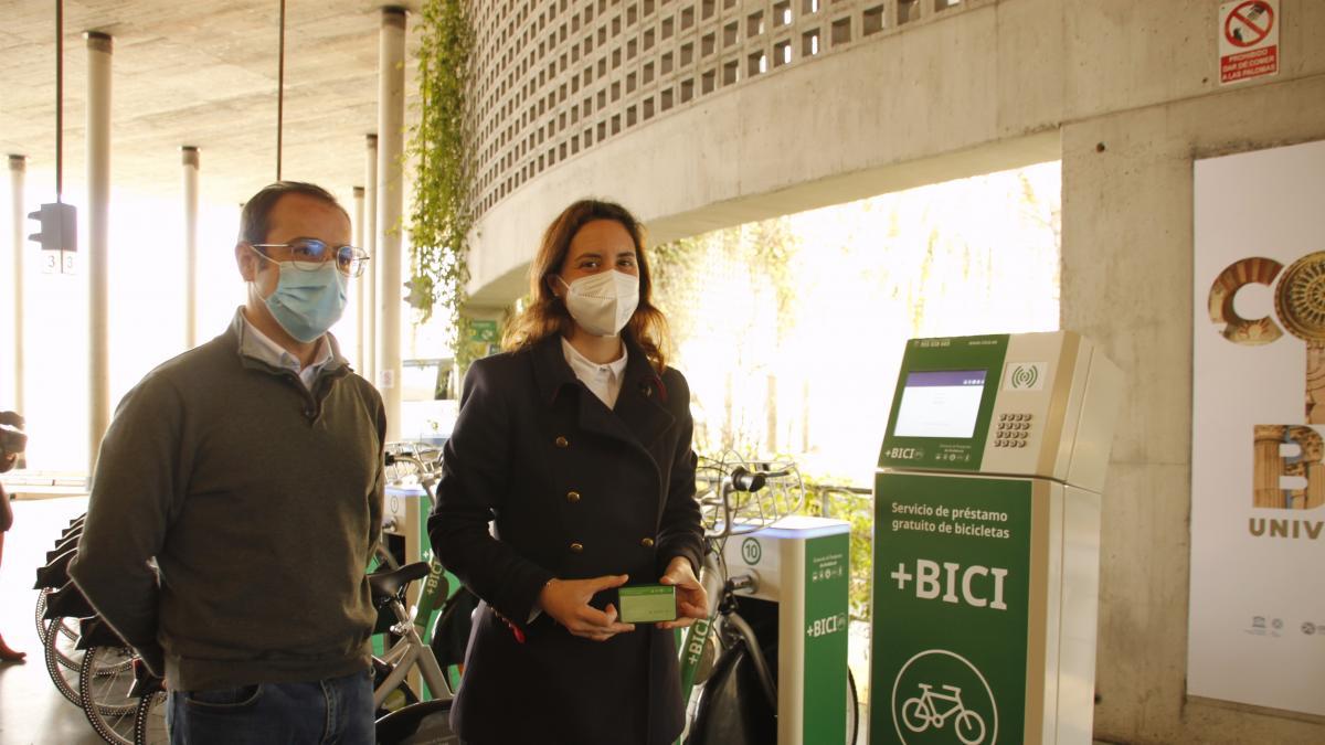 La Junta invierte 11.500 euros para ampliar a 16 la flota del servicio +Bici de la estación de autobuses