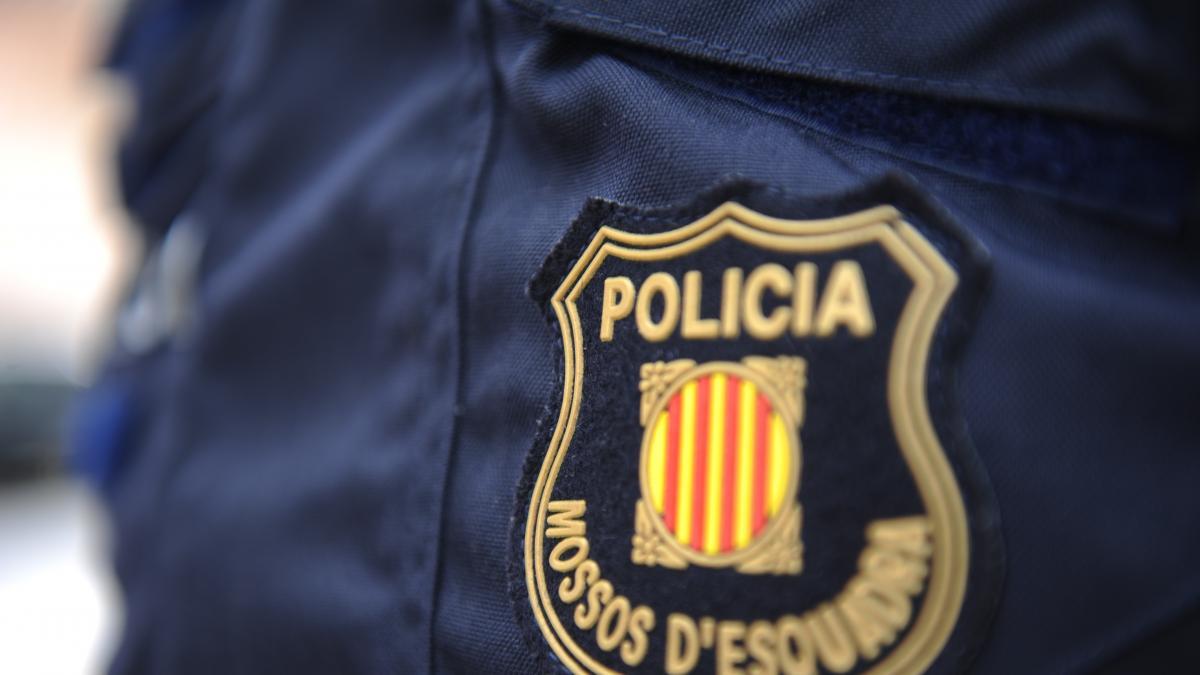 Asuntos Internos detiene a cuatro mossos por presunto soborno, robo con fuerza y revelación de secretos