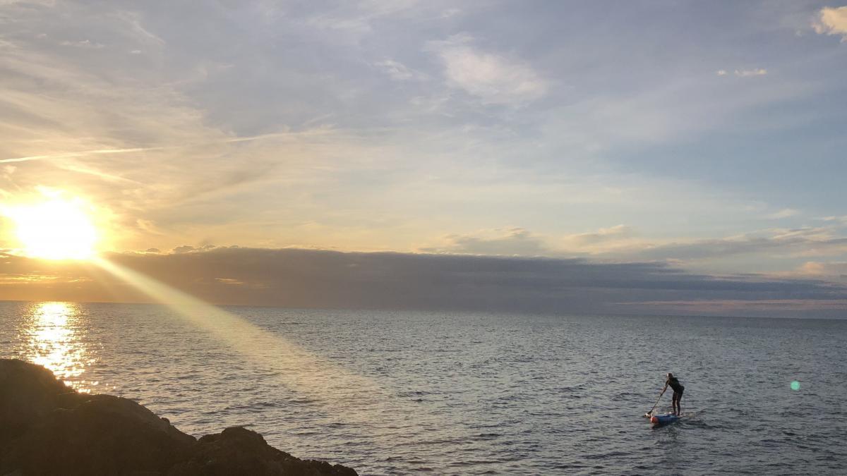 Una travesía en paddle surf irá de Vinaròs a El Mojón para concienciar de la contaminación del Mediterráneo
