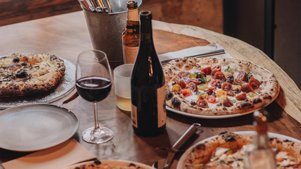 Mucho más que pizza: así es la pizzería de Barcelona elegida como una de las mejores de Europa